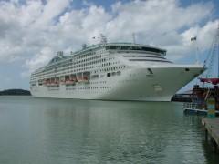 Kreuzfahrt-Schiffe steuern auch Antigua an